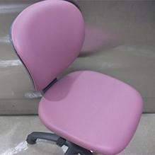 徳島・香川のオフィス内装工事|事務椅子 レザー張り替え