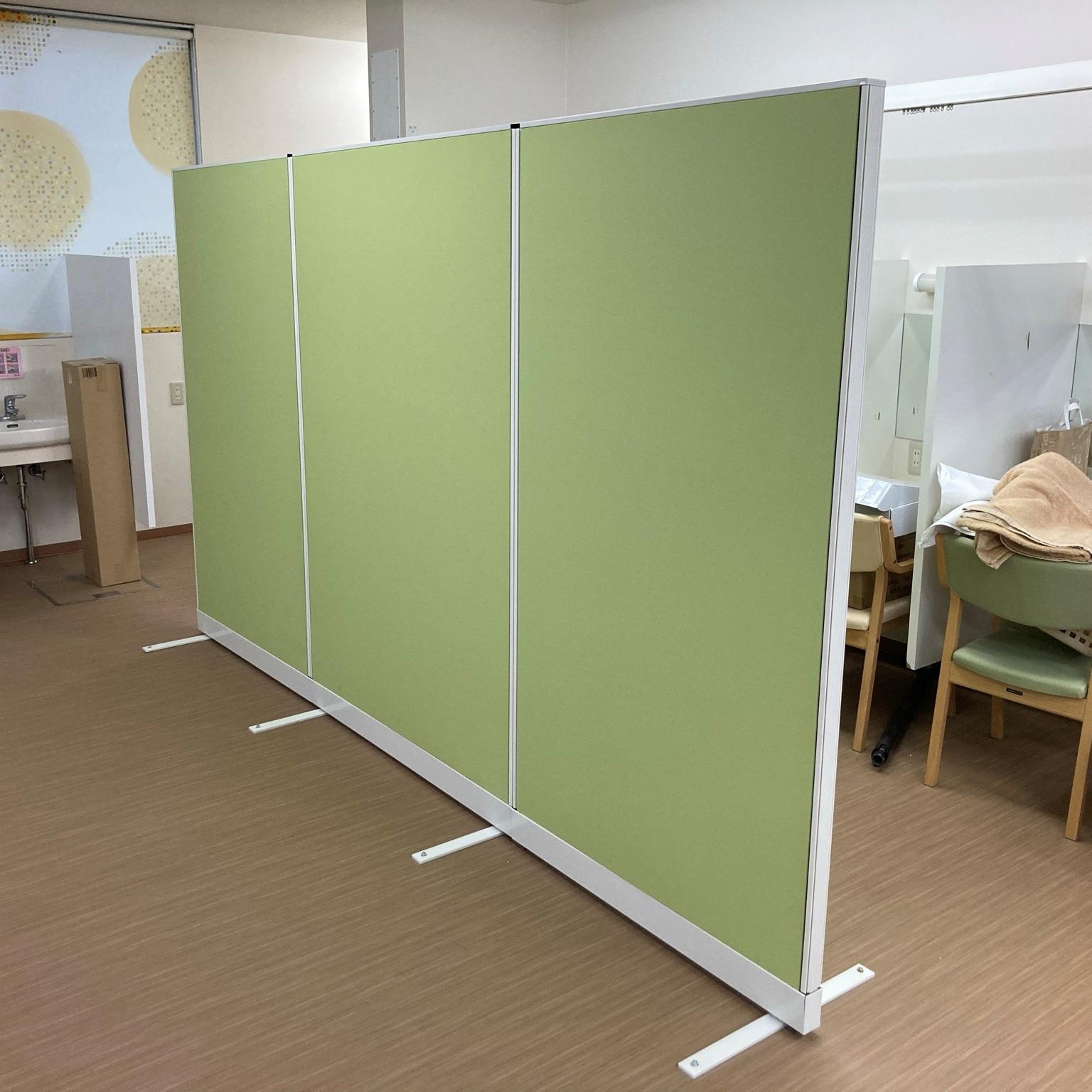 徳島・香川のオフィス内装工事|自立式パーテーション(衝立)設置工事(香川・高松)